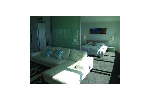 Q40 Resort Two Bedroom Apartments Q40 Resort Accommodation Q40 Enchanting Q1 1 Bedroom Apartment Decor Plans