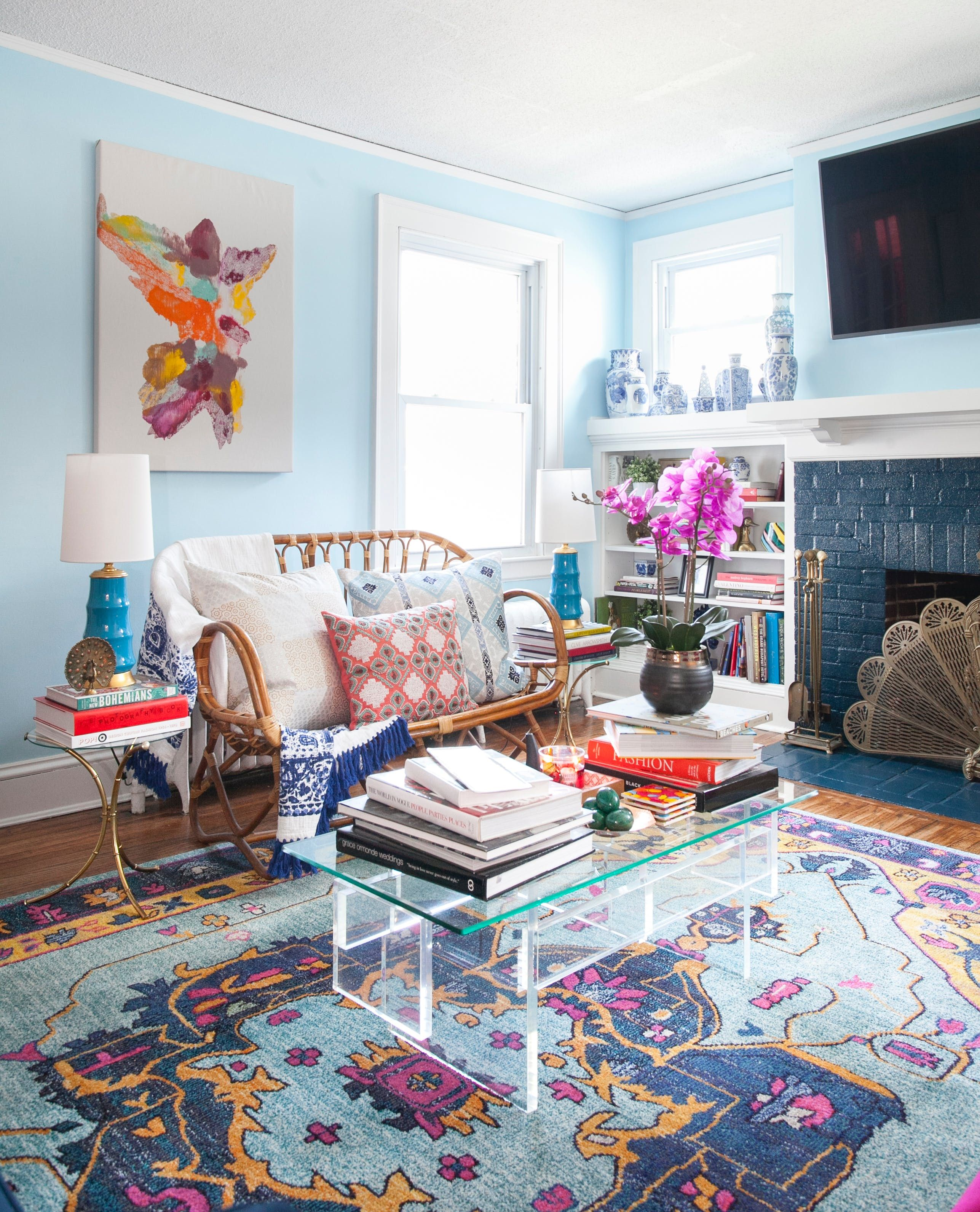 A Baker S Bold Rental Decorated On A Teeny Budget Blue Living Room Light Blue Living Room Blue Rugs Living Room