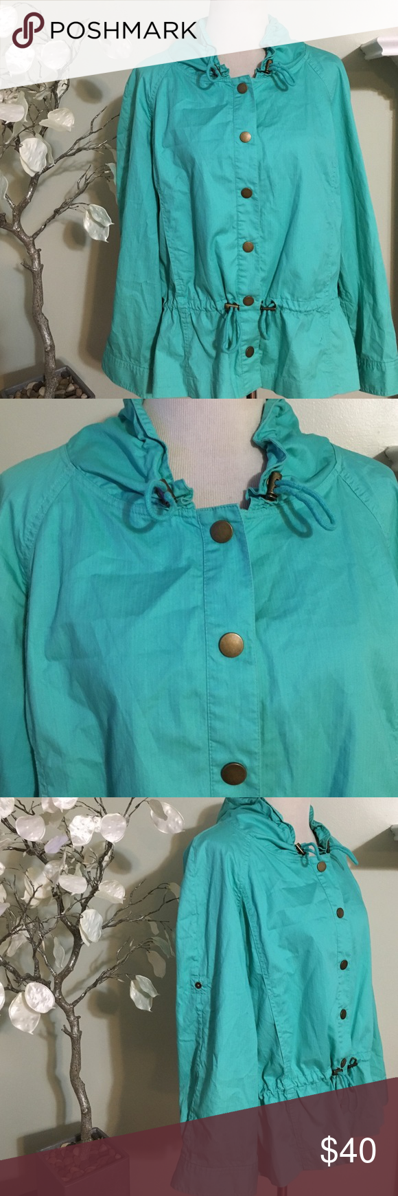 JONES NEW YORK JACKET Gorgeous light jacket in excellent condition, 100% cotton Jones New York Jackets & Coats