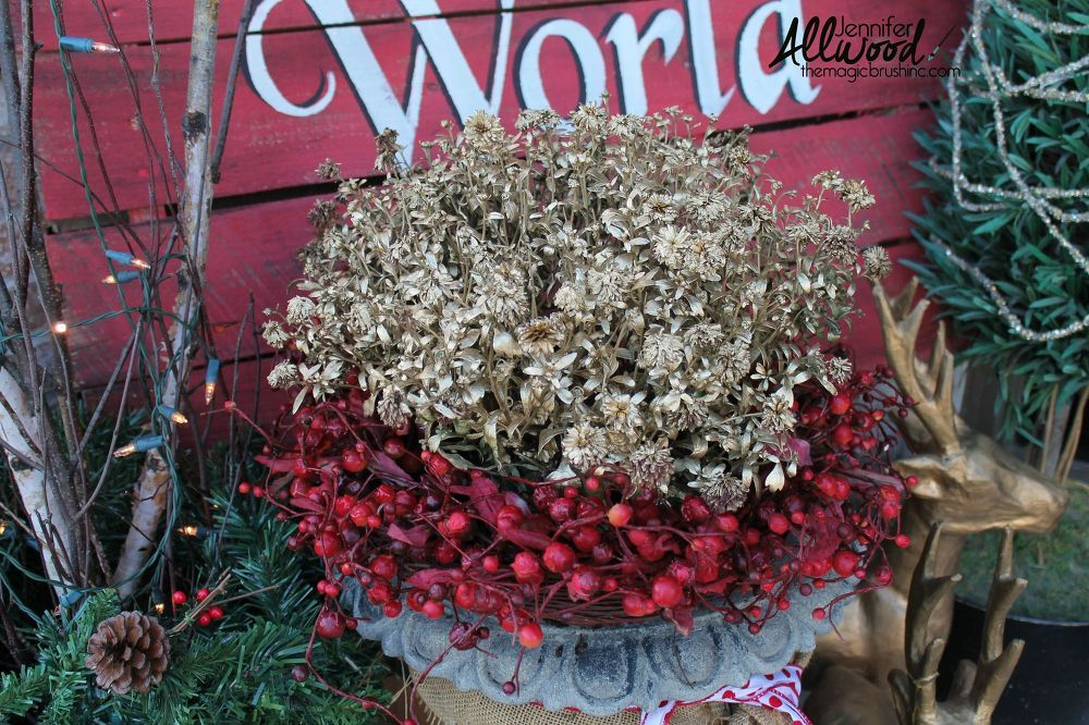 joy to the world christmas pallet, christmas decorations, pallet
