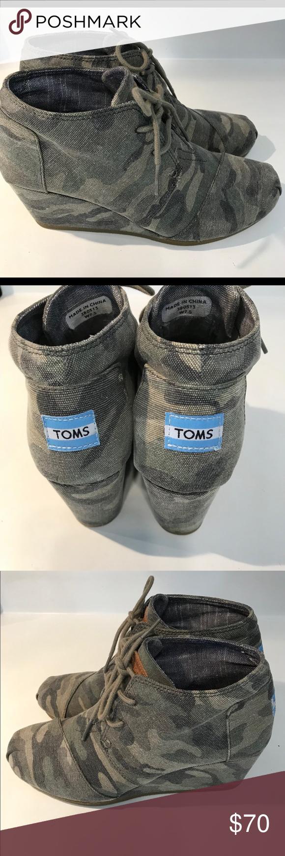 297613e7392 TOMS CAMO Desert Wedges EUC Toms Shoes Wedges