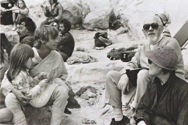 30 behind the scenes of Star Wars. This one is so cute!