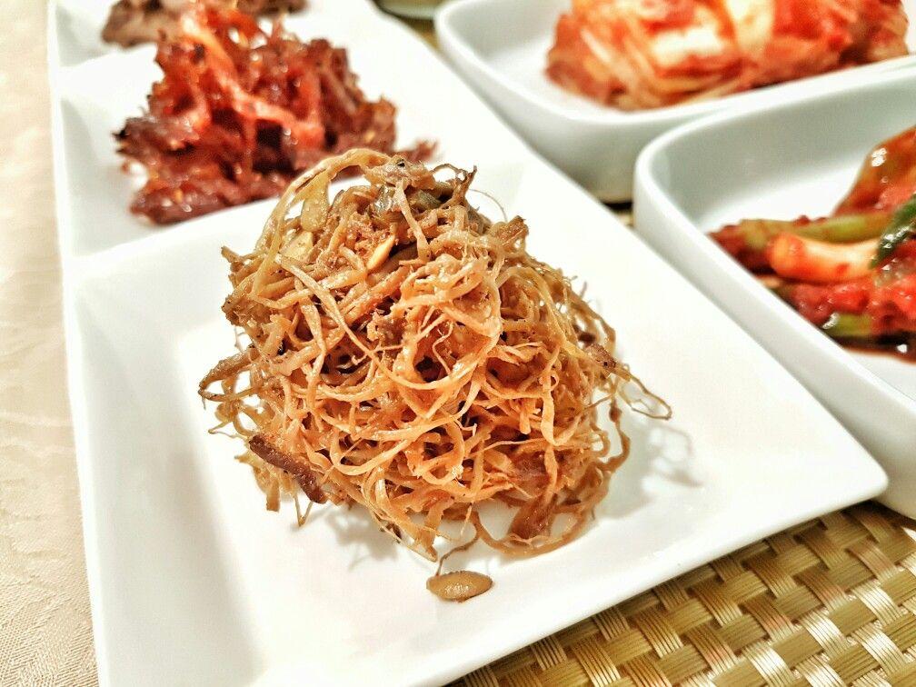 콩나물 장아찌 Broto de feijão