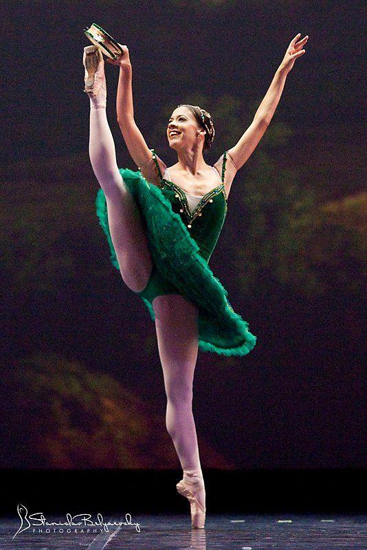 Resultado de imagem para esmeralda ballet