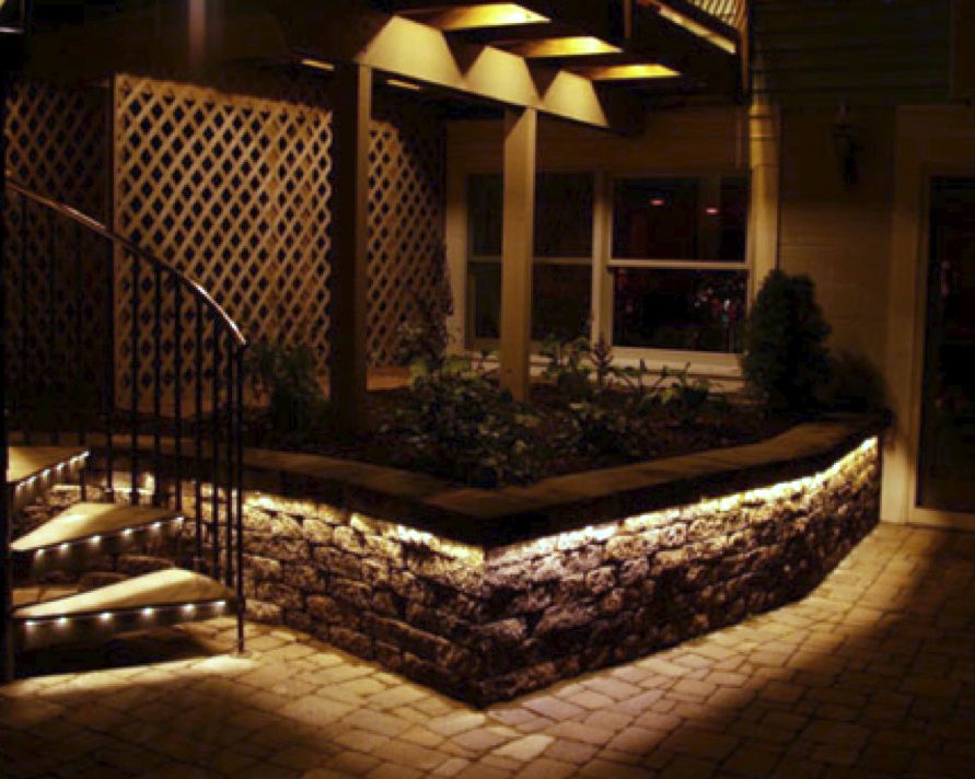 New Patio Wall And Flower Bed Idea Lighting On Steps And A Planter That Appears To Abut A Basem Outdoor Lighting Diy Outdoor Lighting Garden Lighting Fixtures