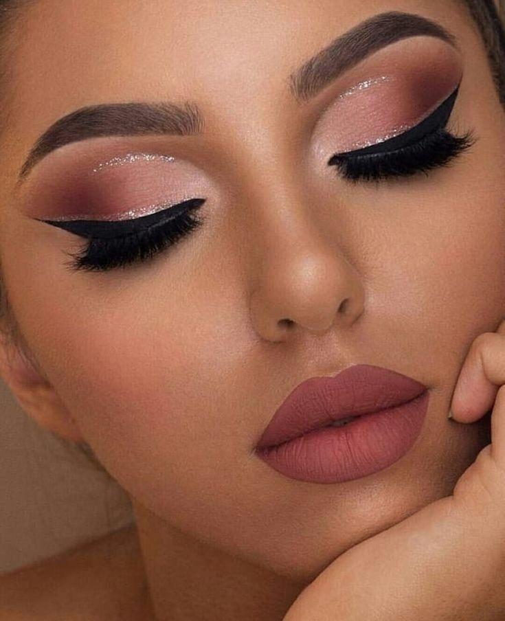 ¡Descubre cómo aplicar técnicas de auto-maquillaje!  – Maquillaje