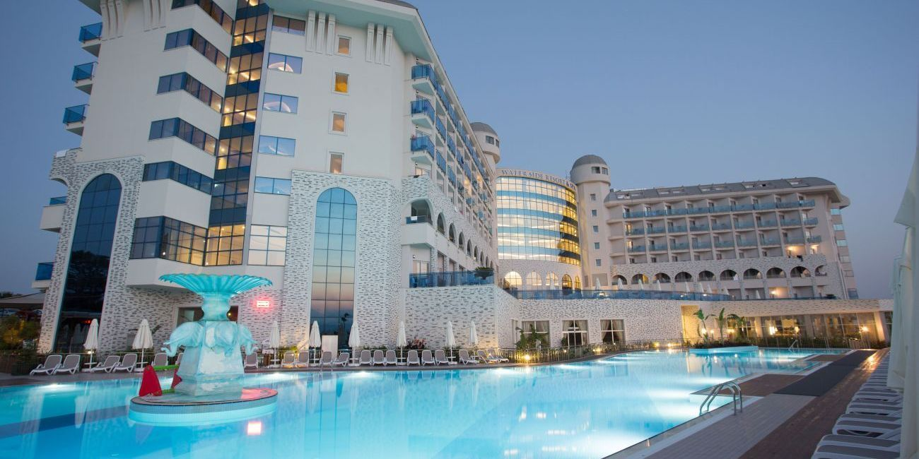 Sezonul Estival La Mare Pe Litoral 2018 In Antalya Side La Hotel Water Side Resort Spa De 5 Stele Din Turcia Resort Spa Hotel Resort
