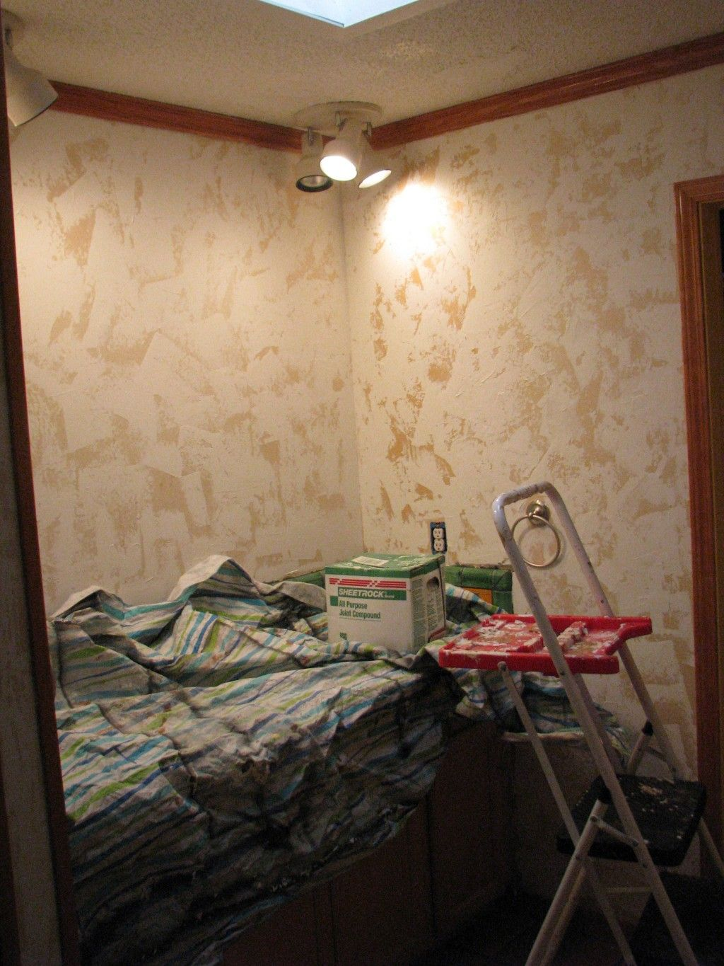 How to Hand-Plaster Walls to Cover Wallpaper and Damage | Home DIY Projects | Pinterest ...