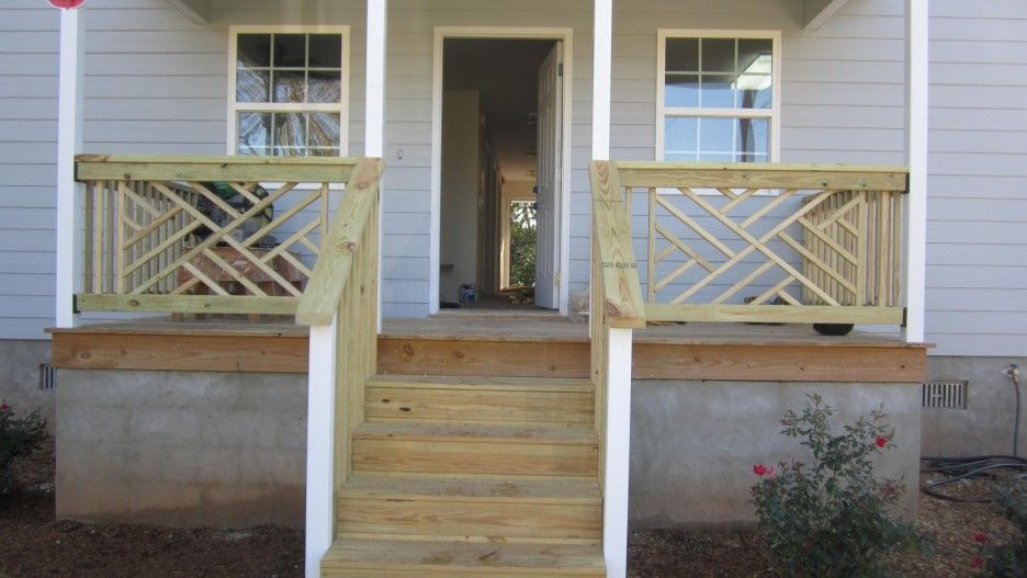 Exterior Cool Small Front Porch Decoration Using Solid ...