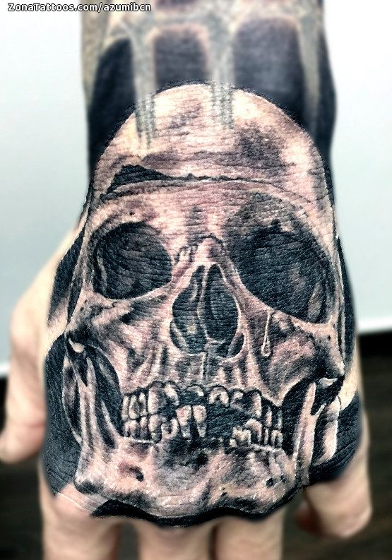 Tatuaje De Calaveras Mano Góticos Tatuajes Tattoos Pinterest