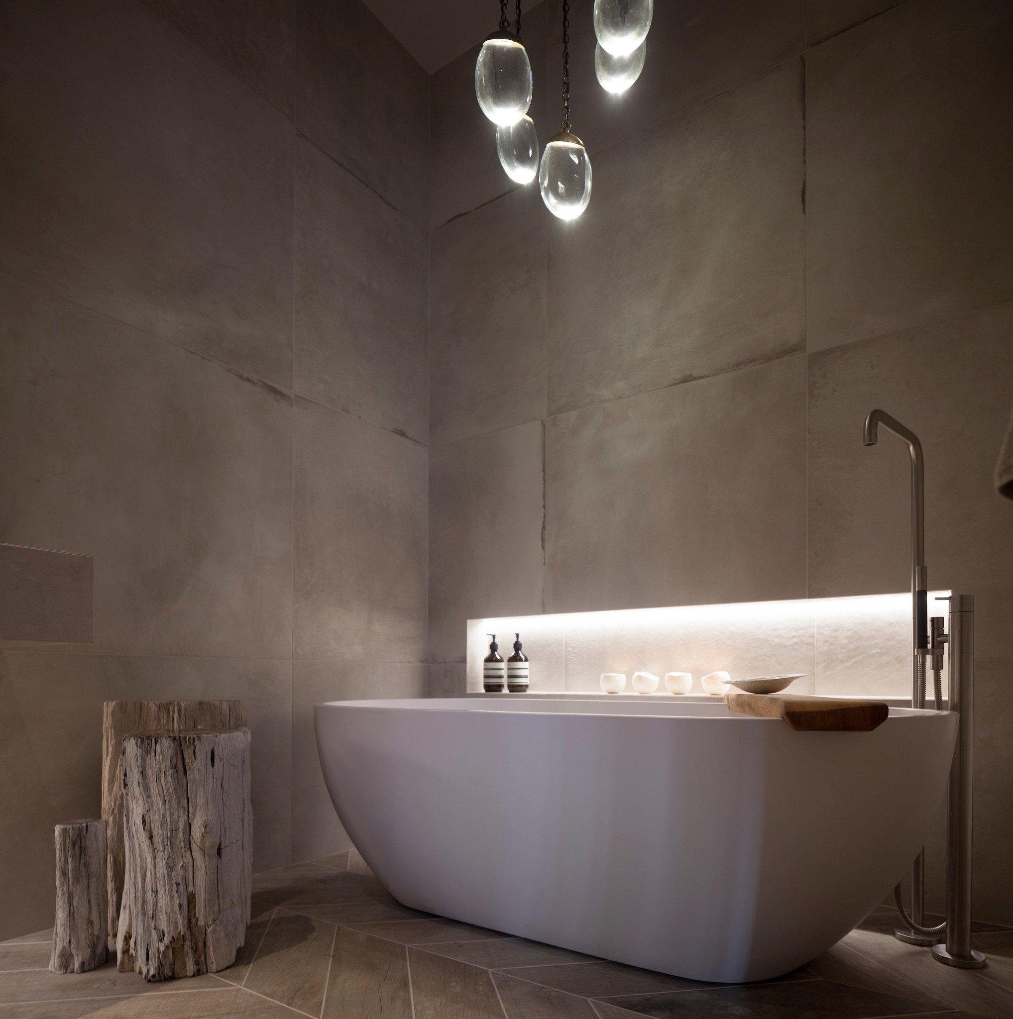 Bathroom with Ochre Celestial Pebble Chandelier Lighting and