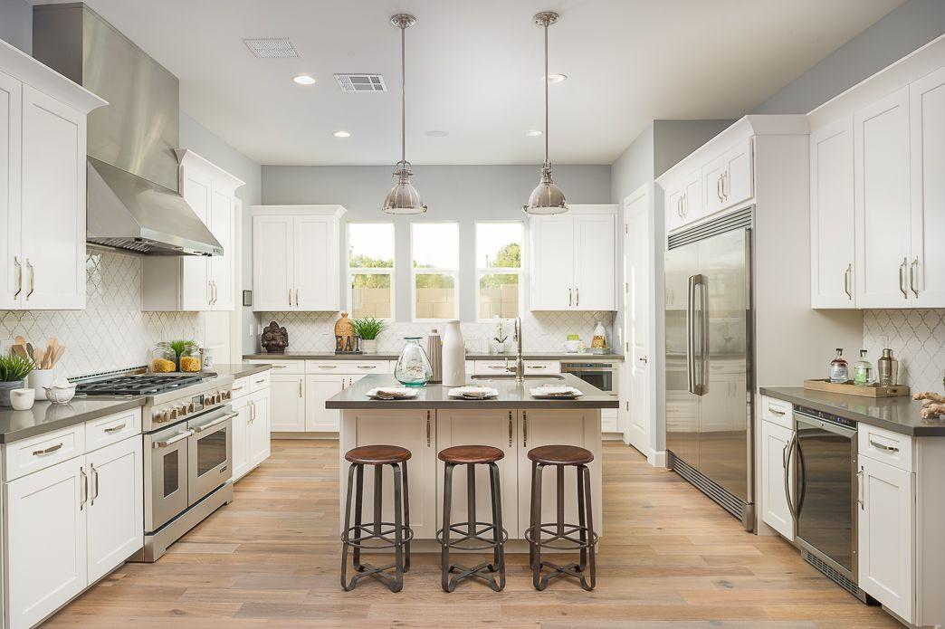 Manor 38 10 kitchen.jpg | en.kitch | Pinterest | Kitchens and Green ...