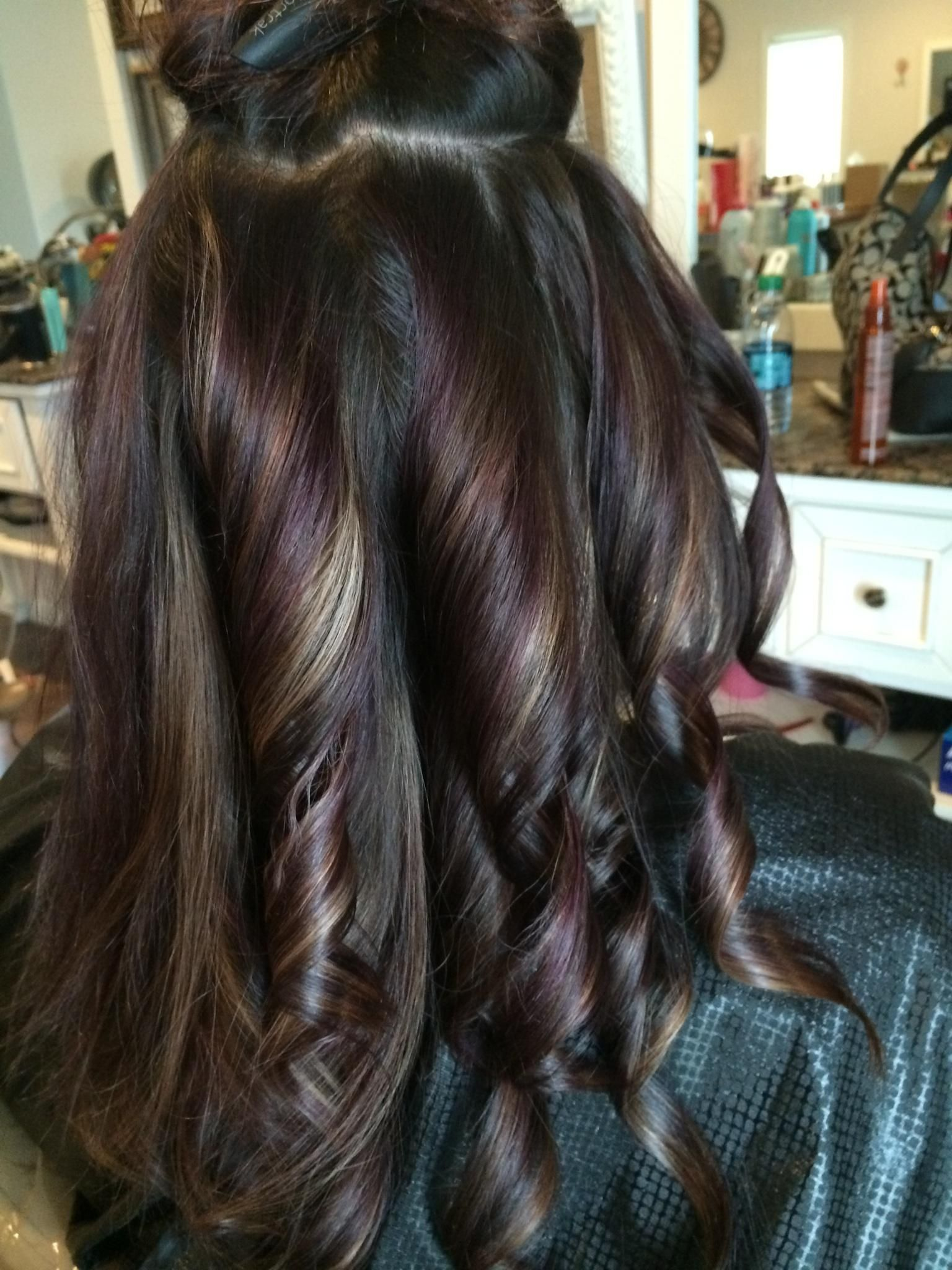 Hints of purple and caramel