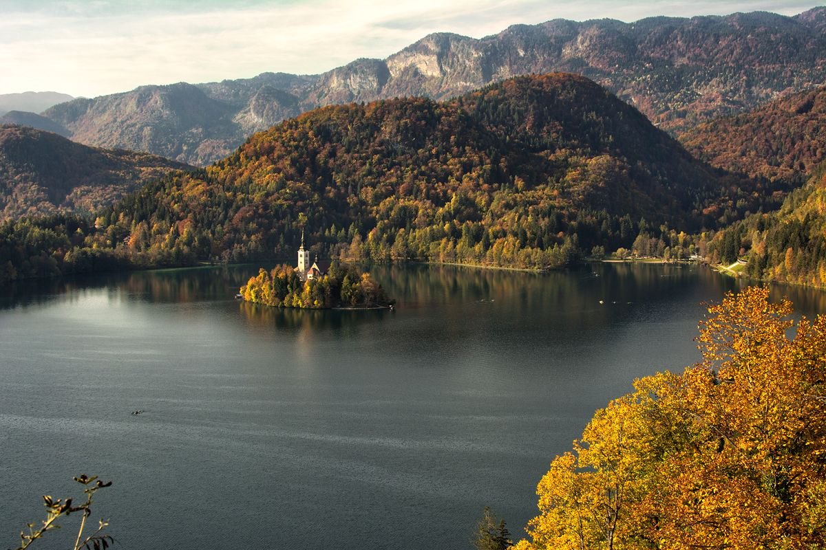 Lake Bled For The Budget Conscious Traveler Lake Bled Lake Day Trips