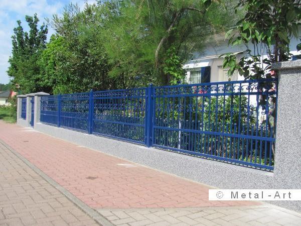 blauer zaun aus schmiedeeisen inkl gartenpforte metal art zaunanlagen pinterest zaun. Black Bedroom Furniture Sets. Home Design Ideas