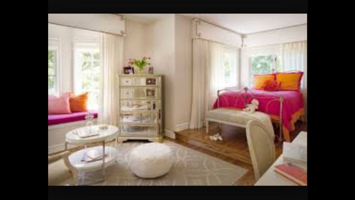 20 Examples of Girls Bedroom Lounge Youu0027d