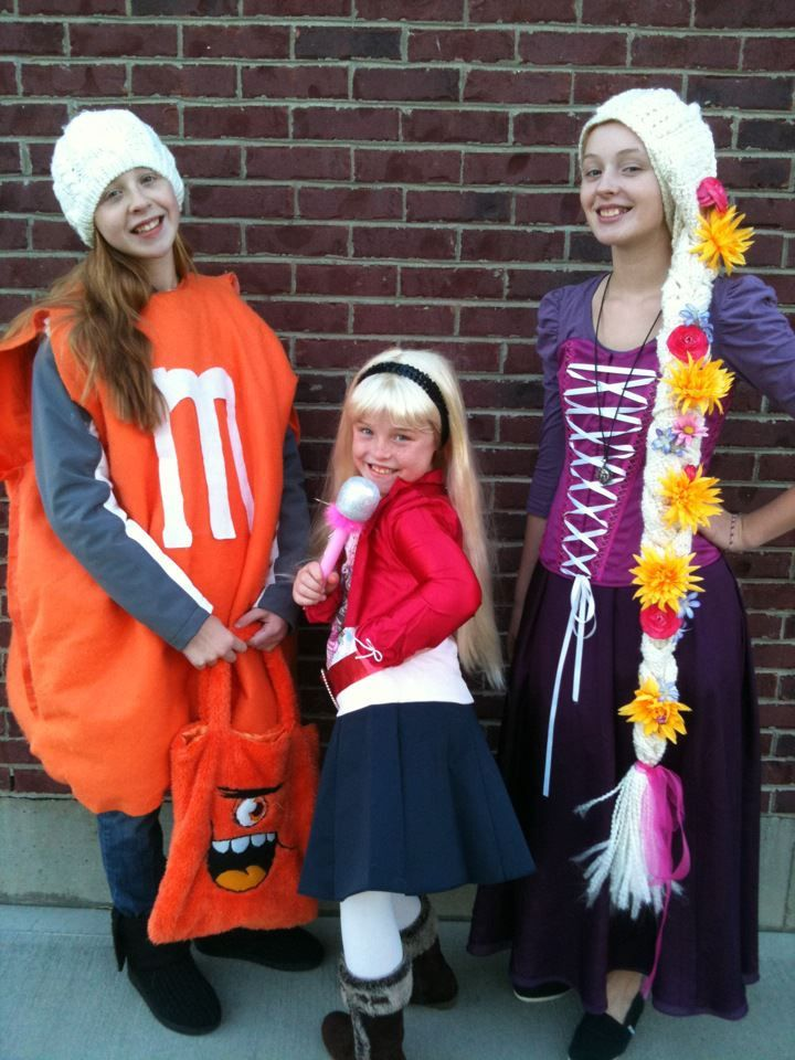 Rapunzel costume!!