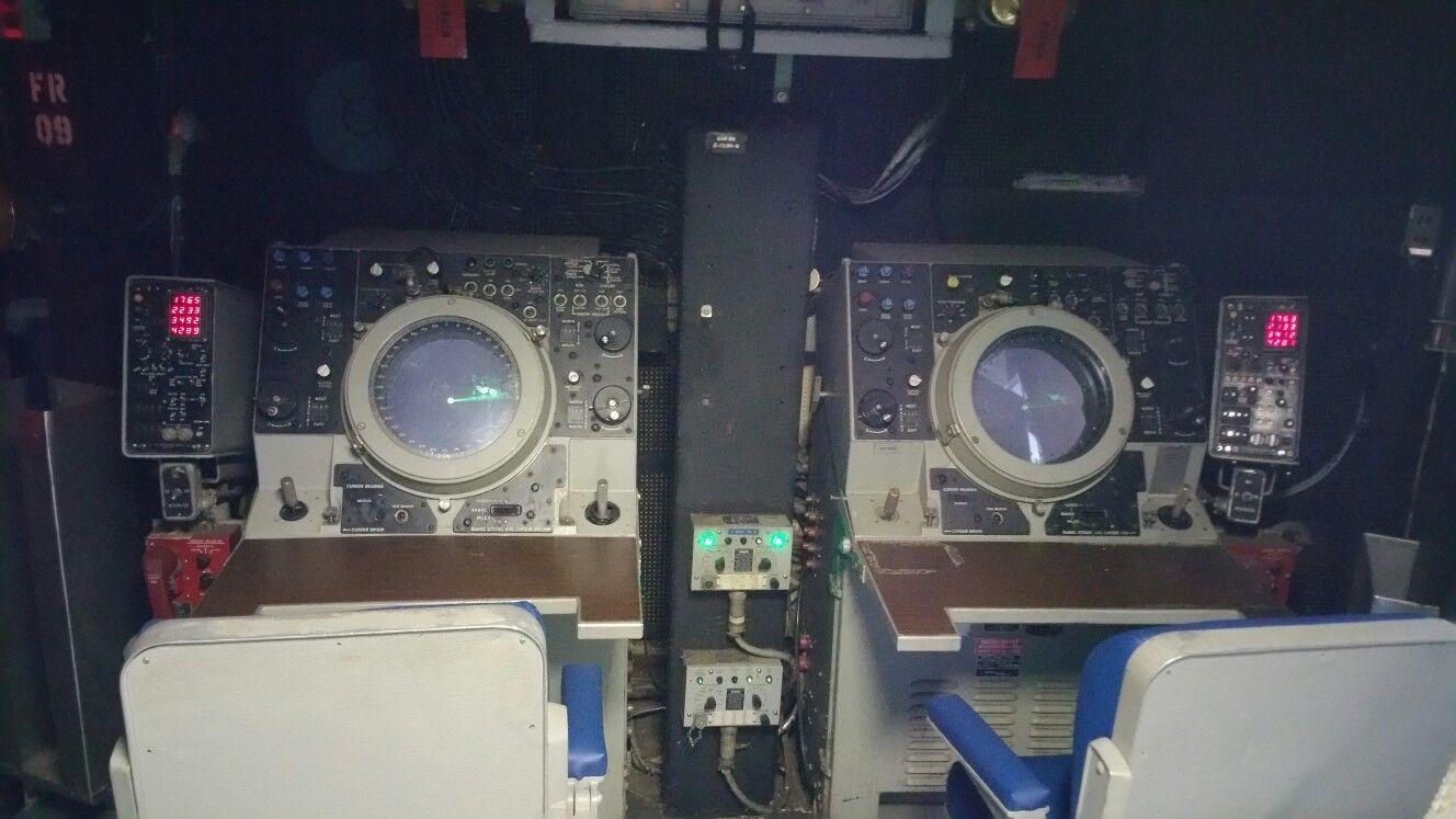 USS New Jersey radar screens