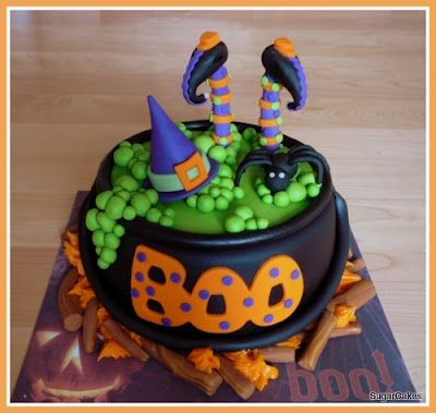 what a cute cake Halloween Pinterest Cake, Halloween cakes and