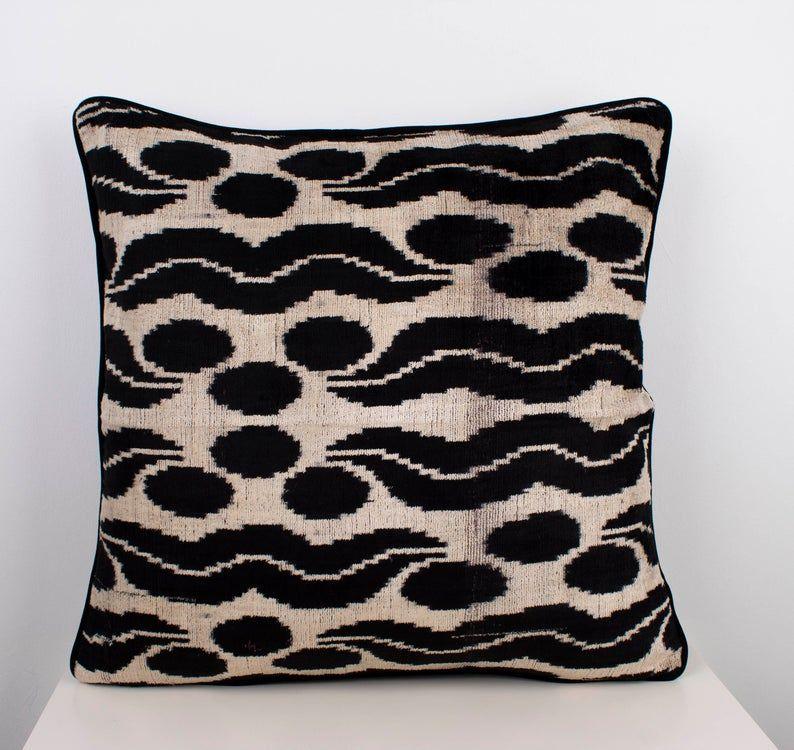 Vintage Decor Velvet Pillowcase Cotton ikat Silk Zippered Bohemian Decor Velvet ikat Double Side Cushion Cover Natural Pillow 20x20 50x50cm