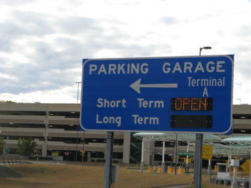 Bradley Airport Convenient Western Massachusetts Travel Massachusetts Travel Parking Garage Airport