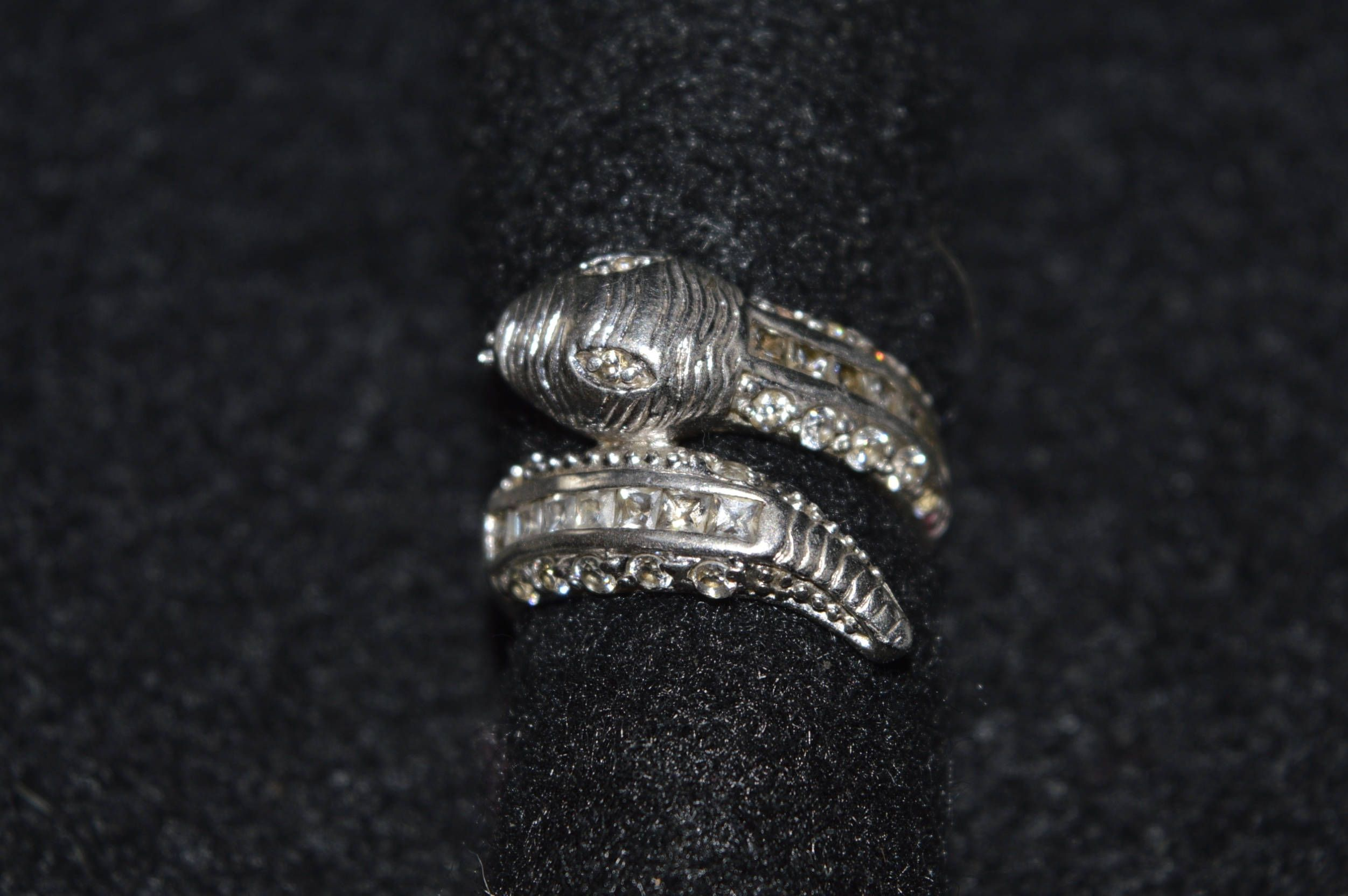 ring rings snake ouroboros silver argentium serpent pin