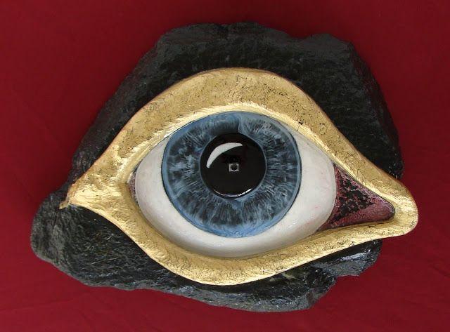 The Eye of selfie 2015 stone-glass sculpture by Manuel R. surrealist  http://www.manuelmykonos.com https://sites.google.com/site/manuelsurrealistPicasa