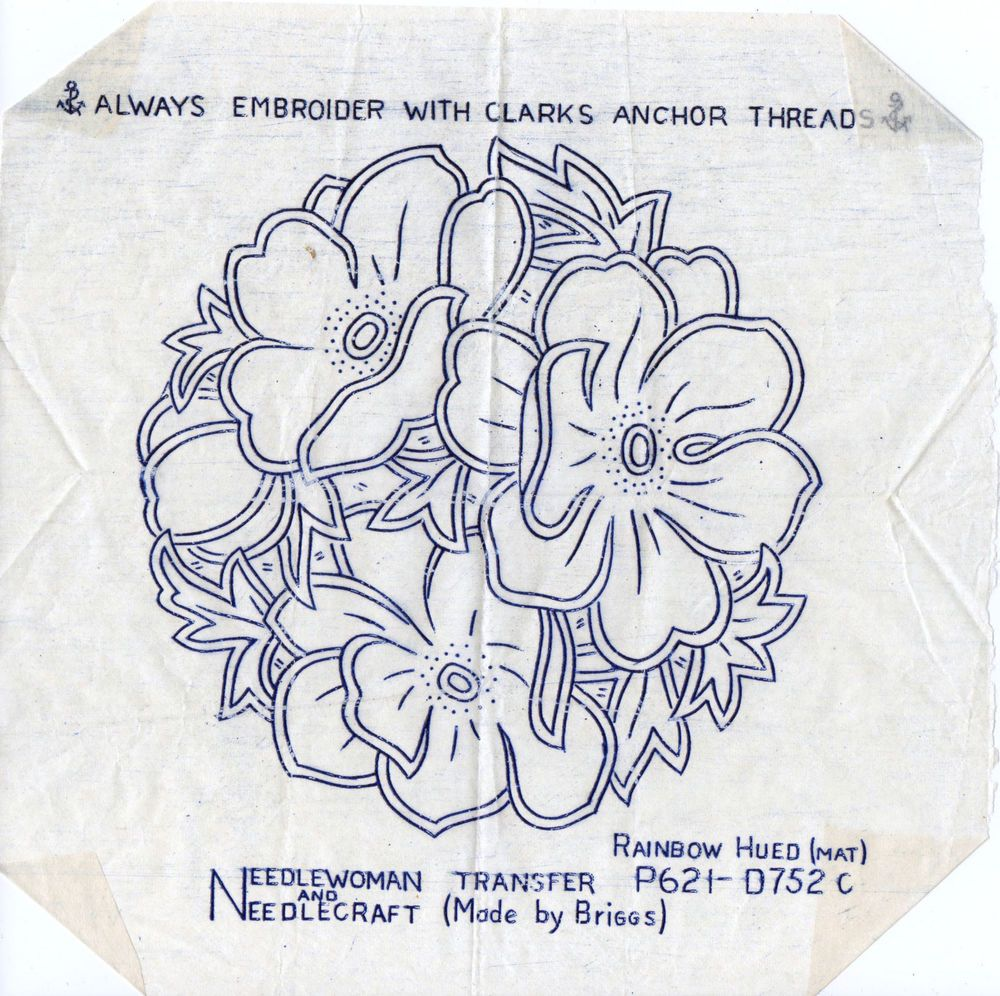 VINTAGE EMBROIDERY TRANSFER - ANENOME CIRCLE MAT