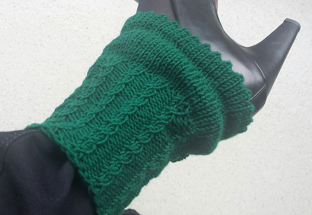 Ravelry: Project Gallery for Spick and Spats pattern by Madelaine ...