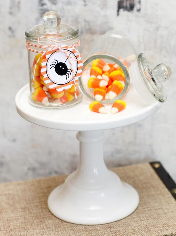 21 Halloween Party Favors and Treat Bag Ideas Halloween parties - halloween treat bag ideas