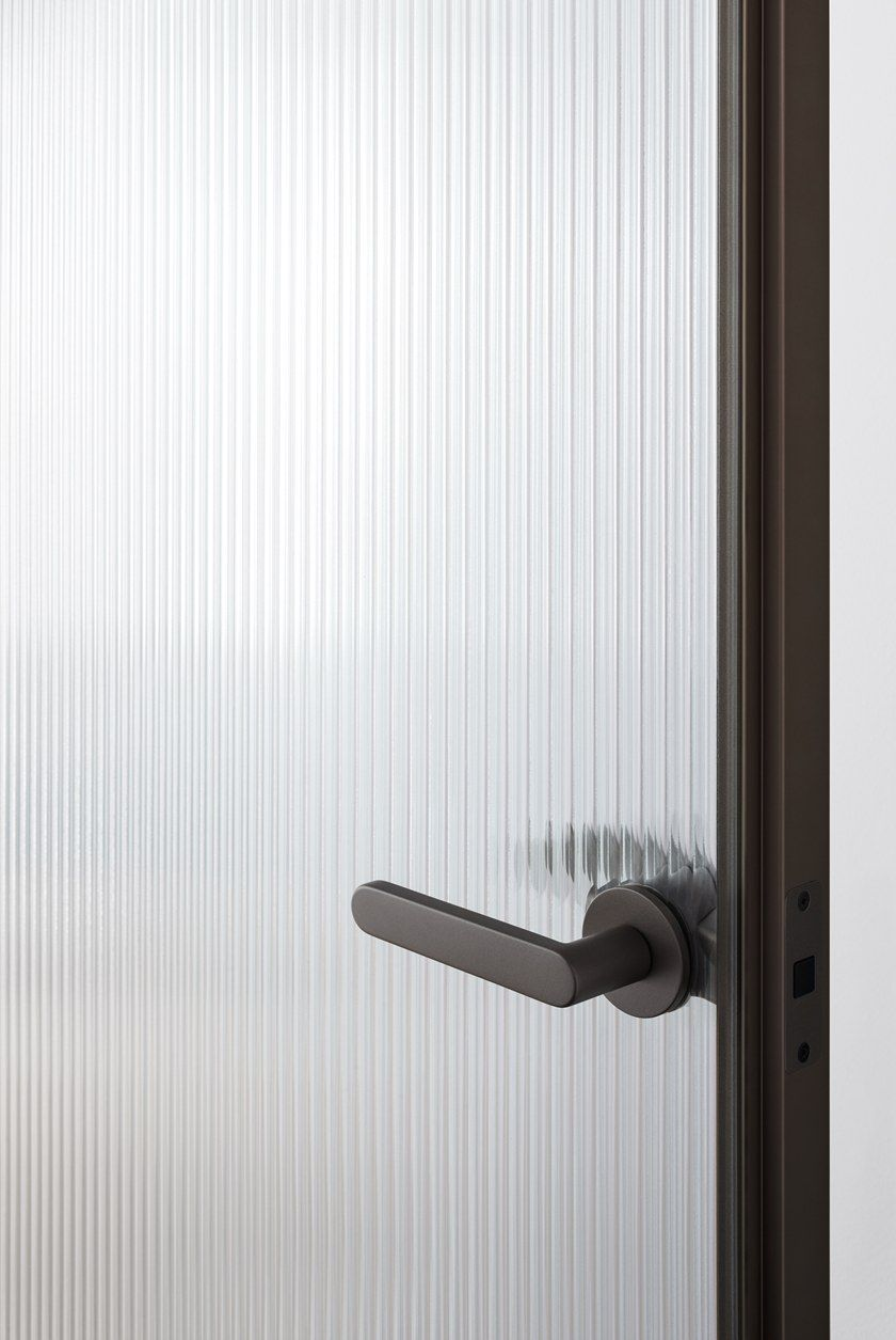 Hinged Flush Fitting Crystal Door Aladin Duo Swing Plain By Glas