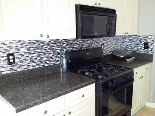 Smart Tiles Murano Metallik 10.20 In. W X 9.10 In. H Peel And