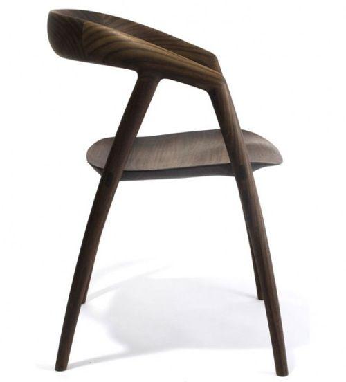 Sleek Reclaimed Wood Chair by Inoda Sveje Design Studio Interiores