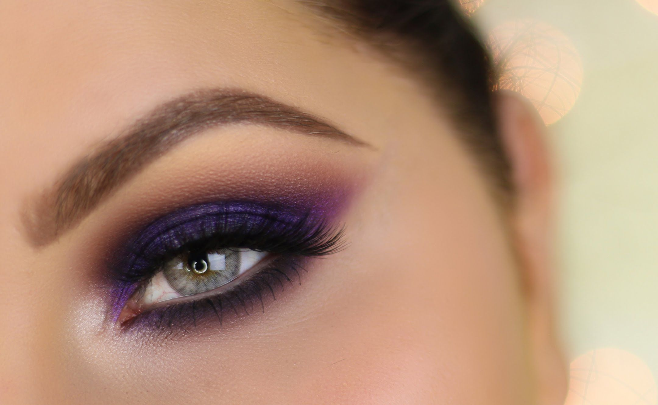 Soft Brown Hues for Small Eyes   New years eve makeup