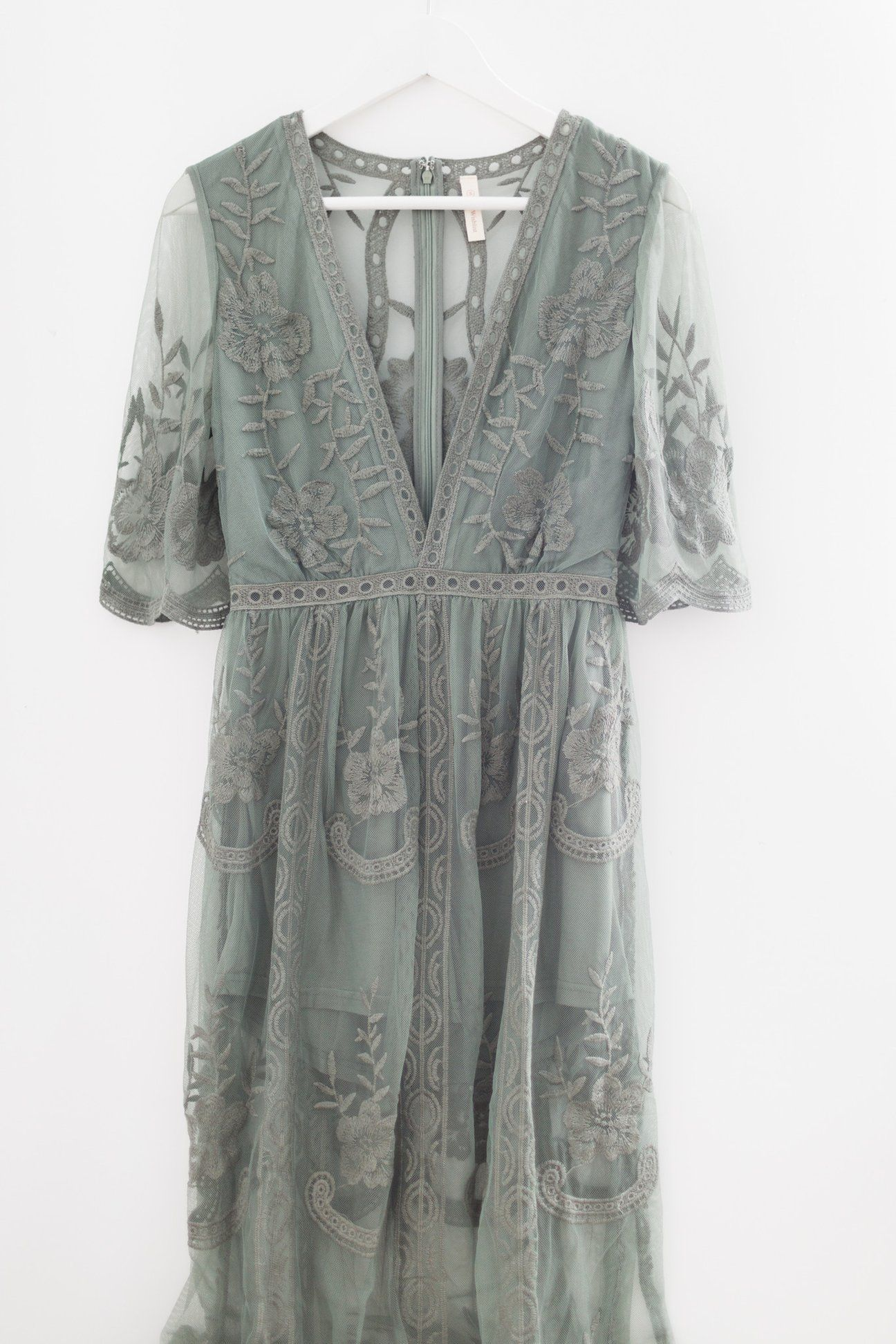 Lace maxi dress more colors what goes in my dream closet