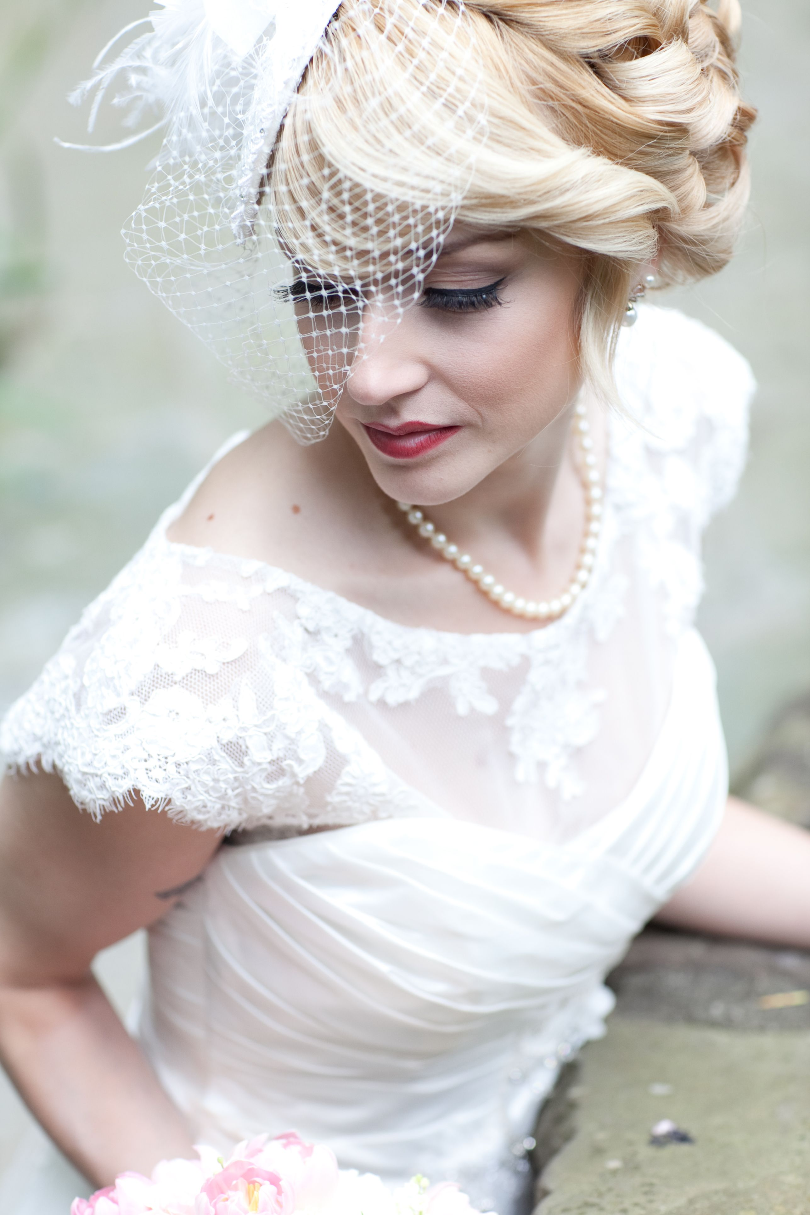 Retro hairstyle with pillbox hat and birdcage veil. Wish this one ...