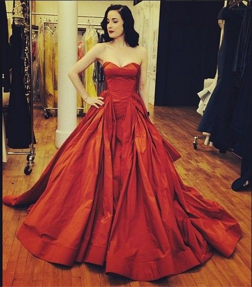Red Zac Posen Dresses 20 Lovely Looks Glamhere Com Dita Von Teese In Zac Posen Fancy Dresses Beautiful Dresses Gowns