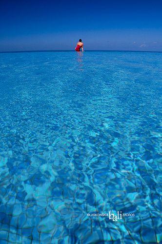 Infinity Pool Estou Sozinho Frases De Efeito E Turismo