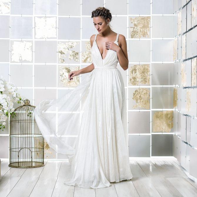 Flowing Wedding Dress All In Drawn Silk Organza