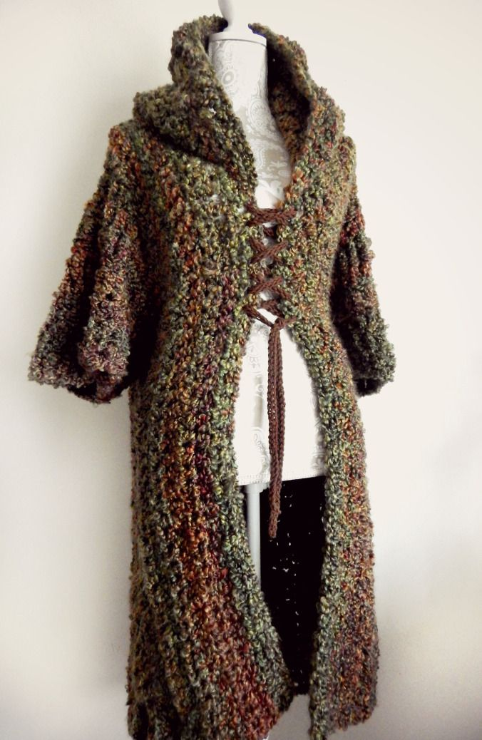 Free MOD for the Woodsman's Wife Ruana pattern from Morale Fiber