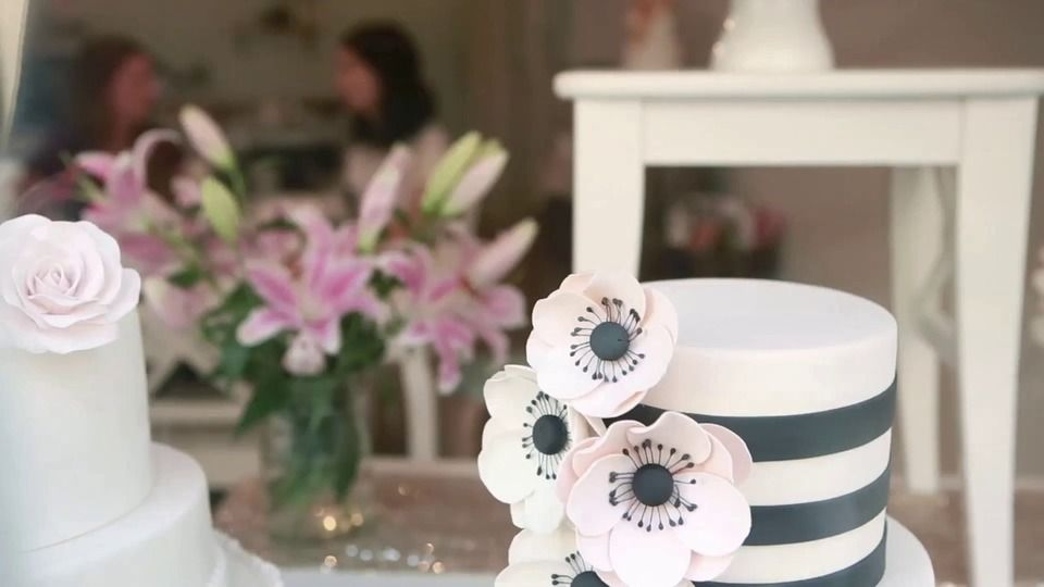 TPW/tv | ThePerfectWedding.nl Perfect Cakes by Sugarlips Cakes! Must watch!