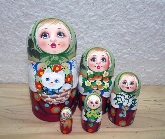 5Pieces Hand-Painted Matryoshka Russian Nesting Doll Babushka Toy Decoration