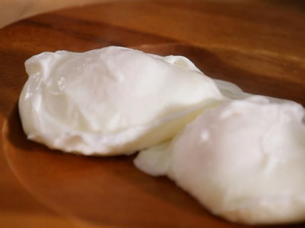 How to poach eggs food network recipe box crowd and brunch food forumfinder Choice Image