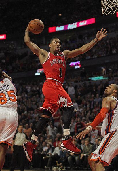 Derrick rose in new york knicks v chicago bulls favorite - Derrick rose wallpaper knicks ...