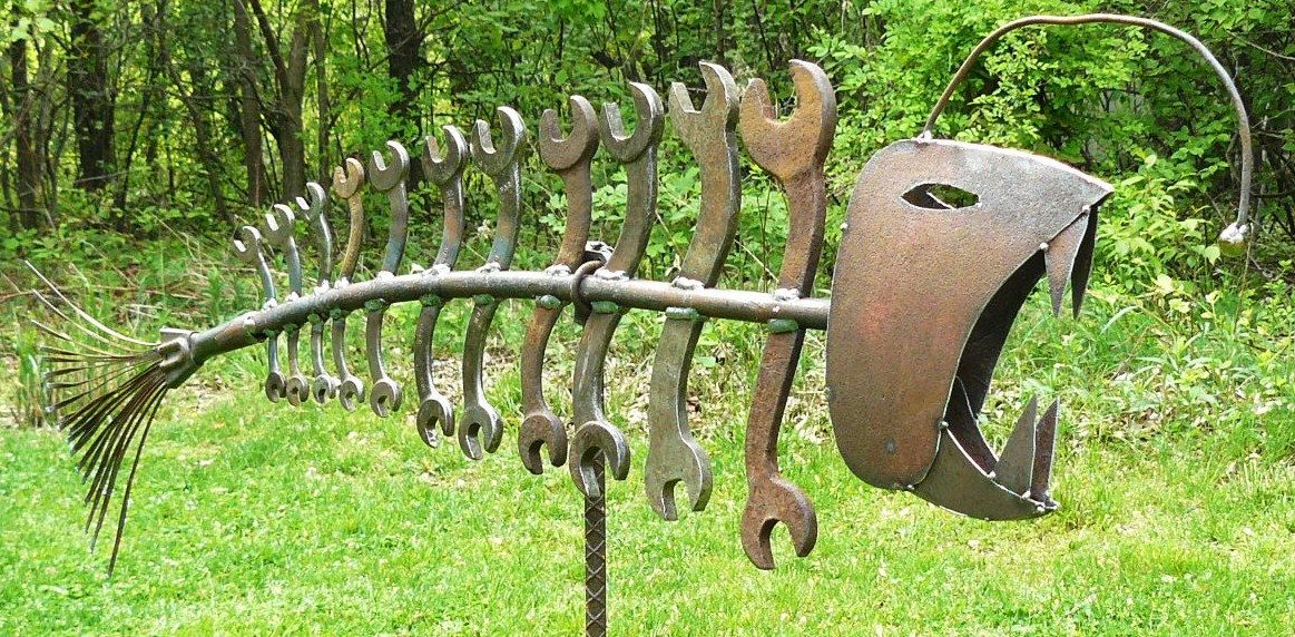 Found object welded garden art fish with wrenches for Garden yard art ideas