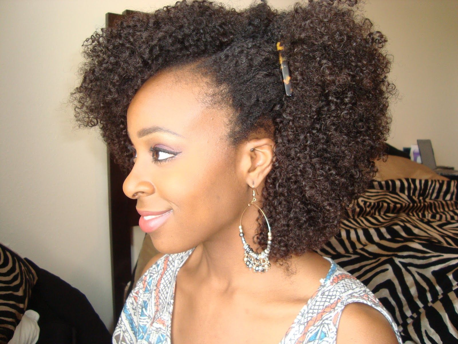 natural afro the afro is a chic, natural hairstyle wornafrican