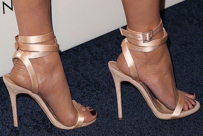 Giuseppe Zanotti For Jennifer Lopez Leslie Satin Ankle Wrap Sandals Giuseppe Zanotti Heels Heels Gorgeous Heels
