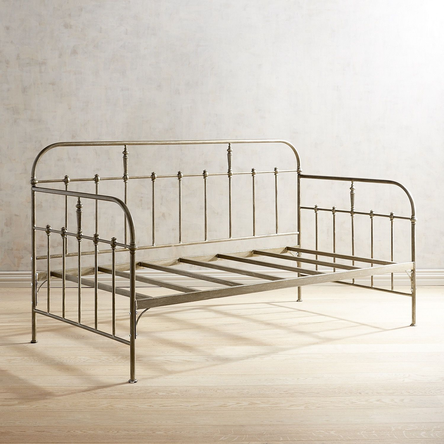 Darcey Cast Iron Daybed Home Additions Cast Iron Beds Daybed