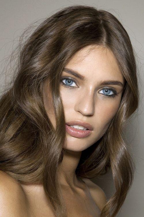 Aschbraune Haare Blaue Augen Women Haarfarben Haarfarbe Braun