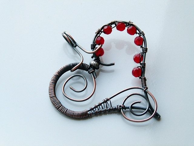 Copper wire wrapped heart pendant with red jade beads | Jade beads ...